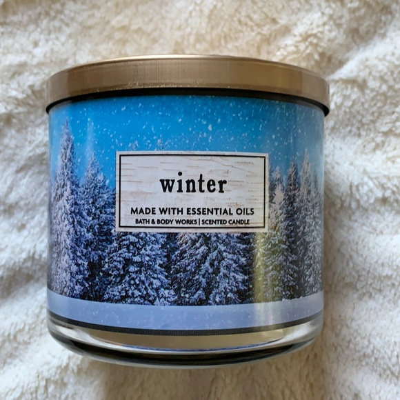 Never used Bath & Body Works Winter candles
